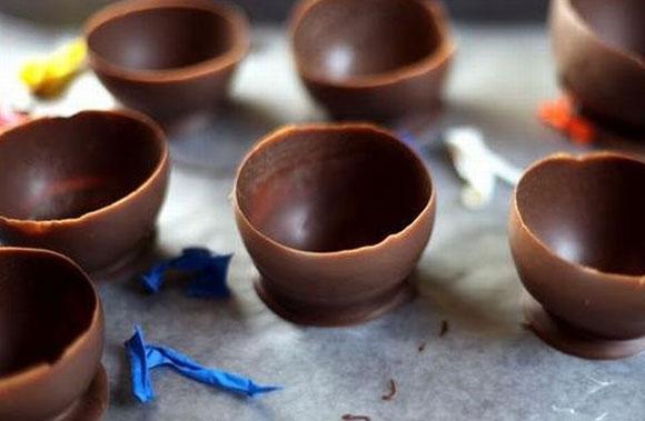 Готовые шоколадные стаканчики